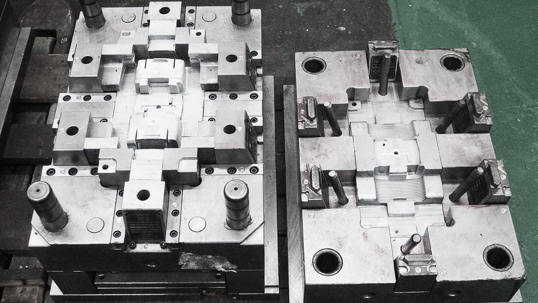 Engineering plastics mould fooom matrijs